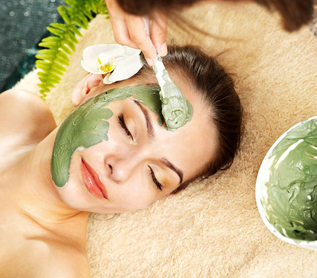 Deep Cleansing Facials in Mississauga
